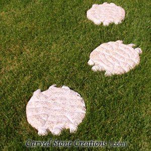 Large Turtle Stepping Stones, Giallo Fantasia