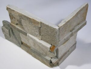 Serengeti Gold Quartzite Interlocking Natural Cleft Corner