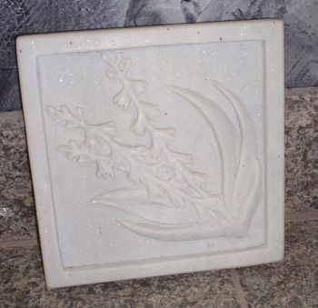 Diagonal Lily Relief Carved White Marble Tile