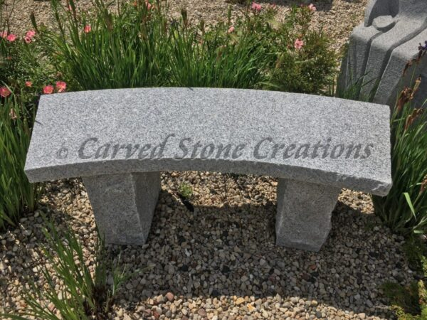 Rockface Curved Garden Bench, 4-FT Bianco Catalina