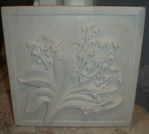 Lily Relief Carved White Marble Tile