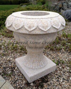 Victorian Urn Planter, 20x20xH22, Giallo Fantasia Y