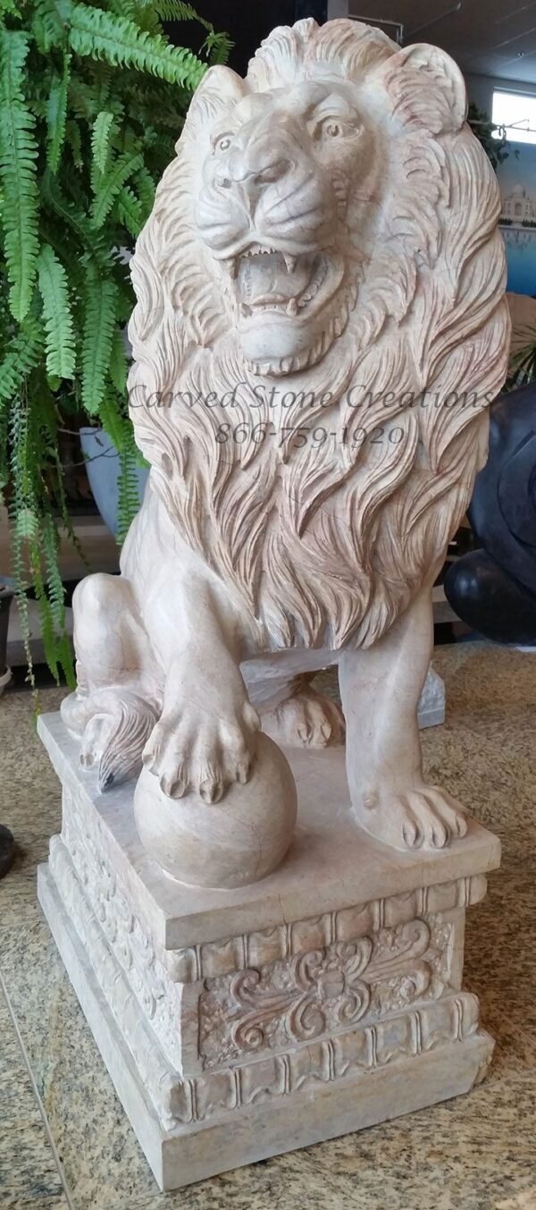 Pair Of Regal Guardian Lion Statues Beige Venato Marble Csc