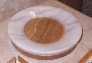 Round Soap Dish, D5 Exotic Mahogany Onyx