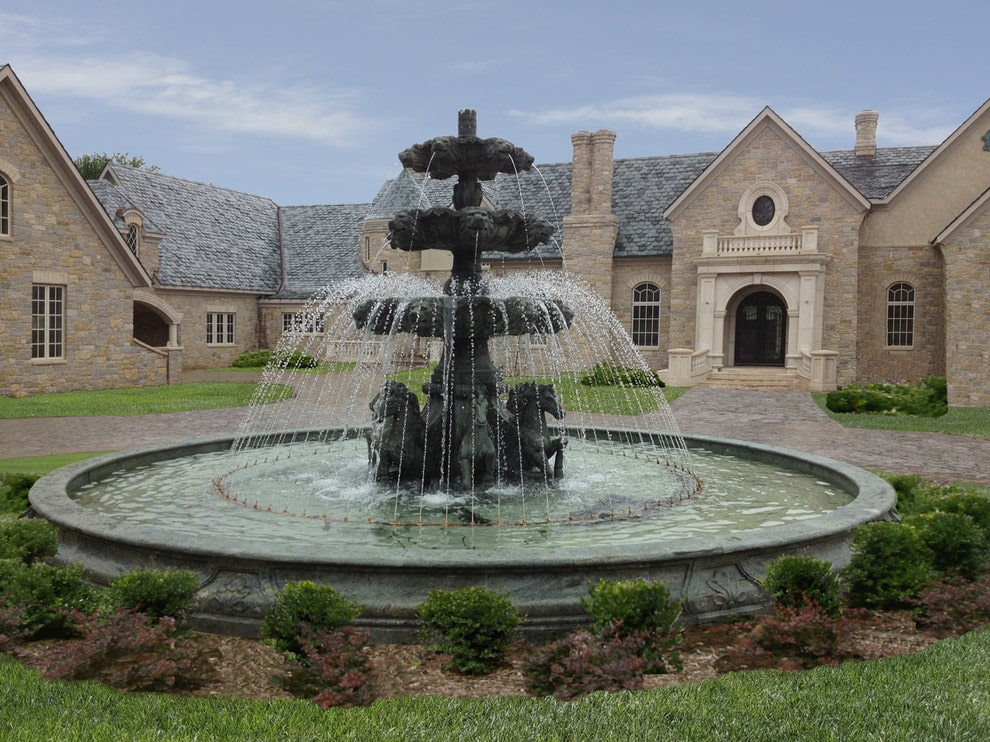 Marble fountain for your landscape